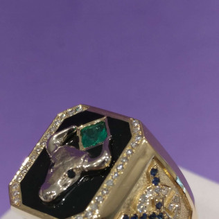 Custom made ring with initials. Gold, black enamel, sapphire, emerald, diamonds