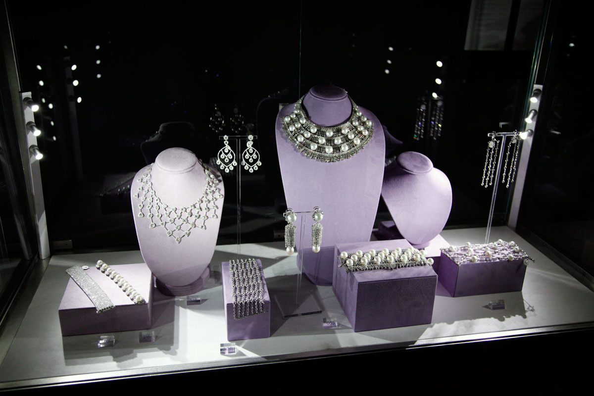Complete Your Look With Custom Jewelry